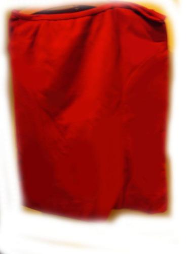 3 piezas tapado capa y pollera excelente calidad en rubi