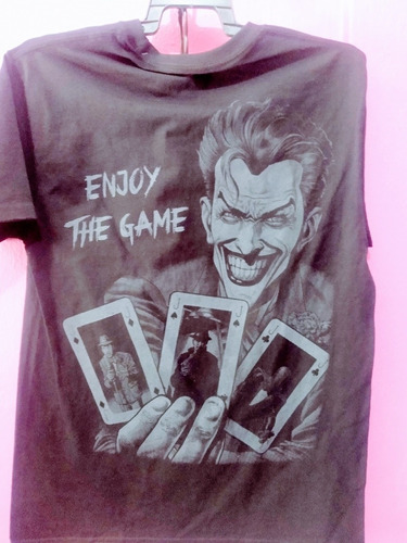 3 playeras:joker, punisher y deadpool