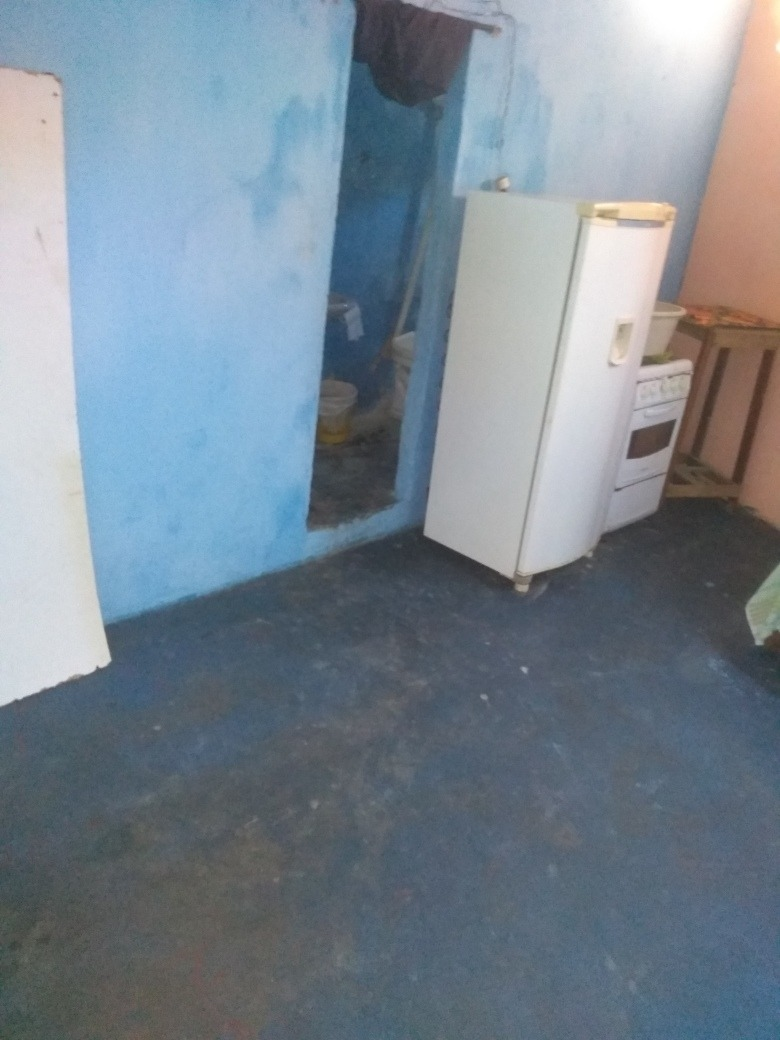 3 quarto 2 sala 2 banheiro 1 coisinha areia de serviço