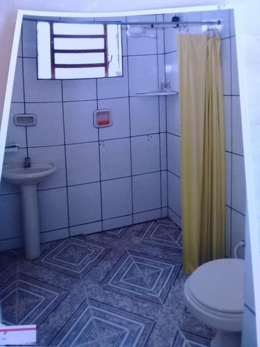 3 quartos 2 salas cozinha 2 banheiros garagem area de serviç