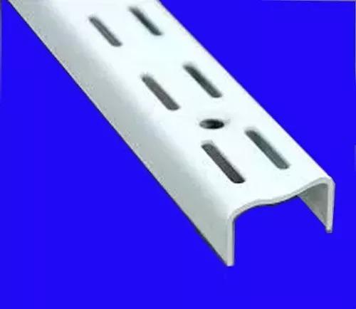 3 rieles de 1,50,10 mensula de 37 cm y 4 mensula de 47 cm