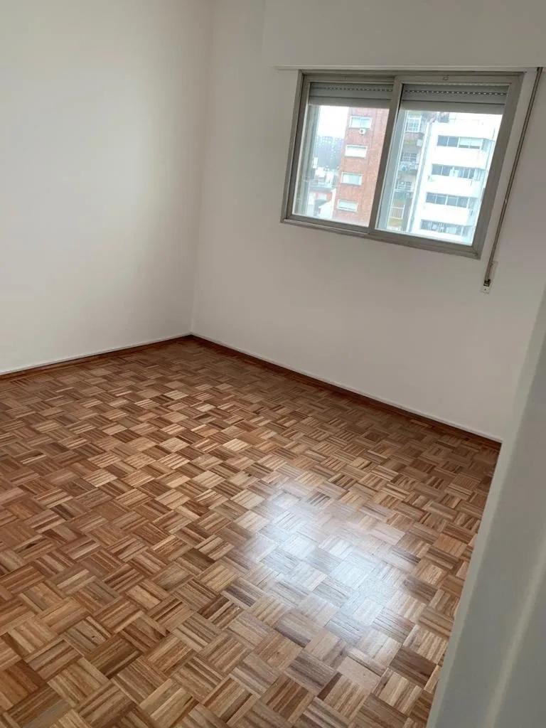 3 se alquila apartamento en zona de rambla