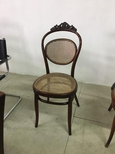 3 sillas antiguas de madera