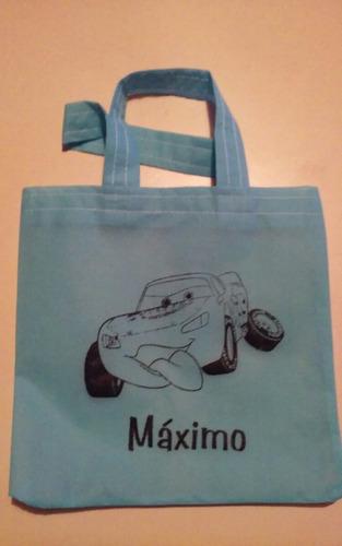 30 bolsas sorpresitas con manija, nombre y personaje impreso