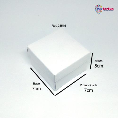 30 caixas lembrancinha 15 anos com aplique 7x7x5cm