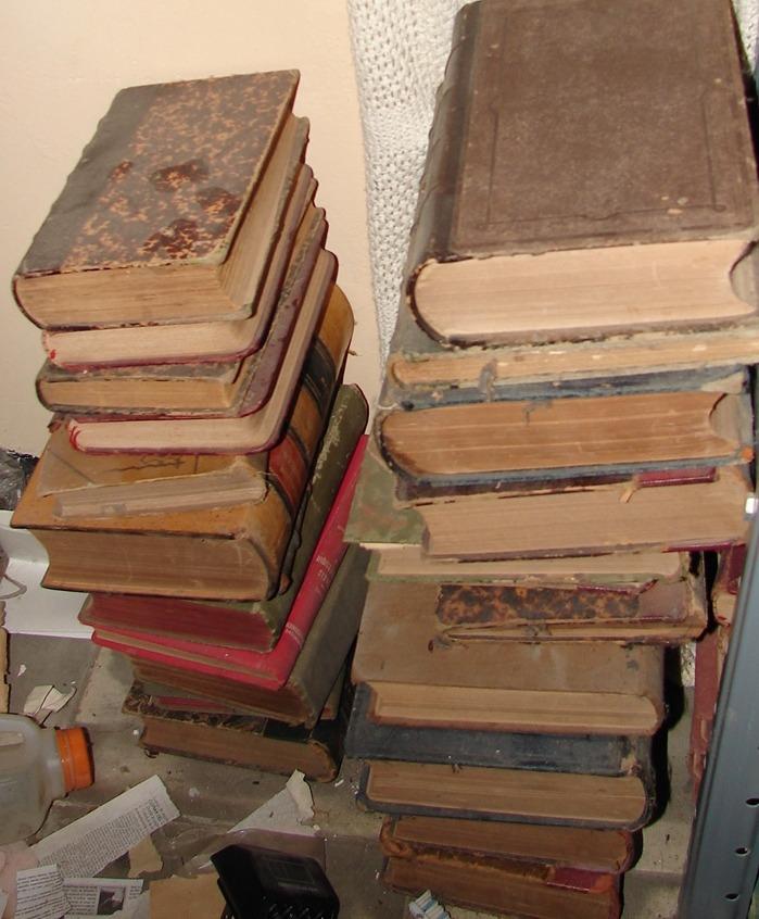 30 Libros Lote De Libros Antiguos En Frances Remate Remate
