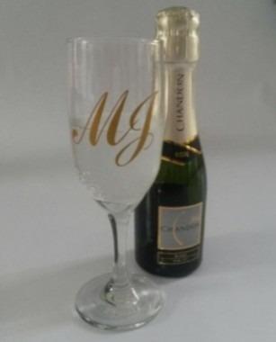 30 pares adesivos iniciais noivos taça champagne 6,5cm