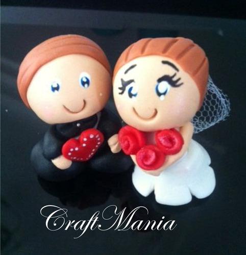 30 un. noivinhos de biscuit lembranca casamento