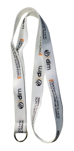 300 cintas colgantes personalizadas con tu logo full color. fondo blanco. terminación con aro sin fin