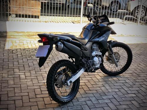 300 (moto honda xre