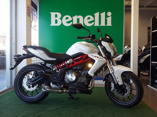 300 naked benelli tnt