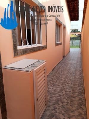 3002- linda casa nova isolada com 2 dorm sendo 1 suíte!