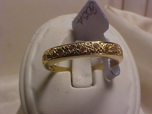 #305a - anel em ouro 18k com 11 diamantes