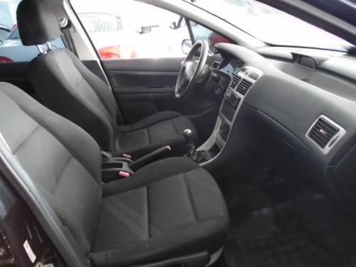307 sedan peugeot