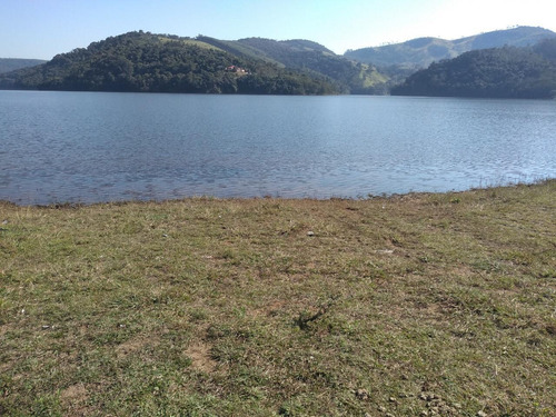 30c-terreno e lago de pesca