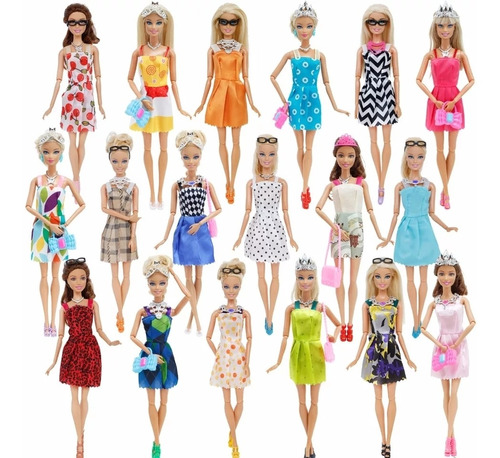 32 piezas barbie=10vestidos+4gafas+6collar+2bolsos+10zapatos