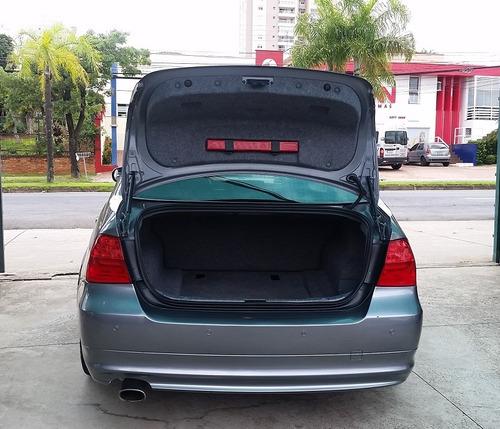 320i at 2.0 gasolina cinza 2011