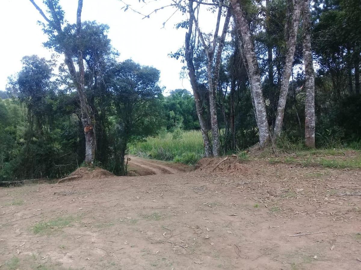 32c: terreno em região de chácarasl