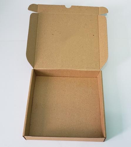 33 cajas cartón 25x25x 4cm  en microcorrugado troqueladas
