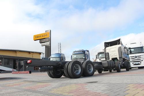 330 volvo caminhão