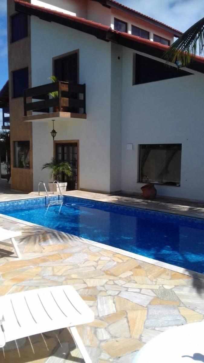 332-casa á venda com 285 m², á 400 metros da praia. 4 dormi.