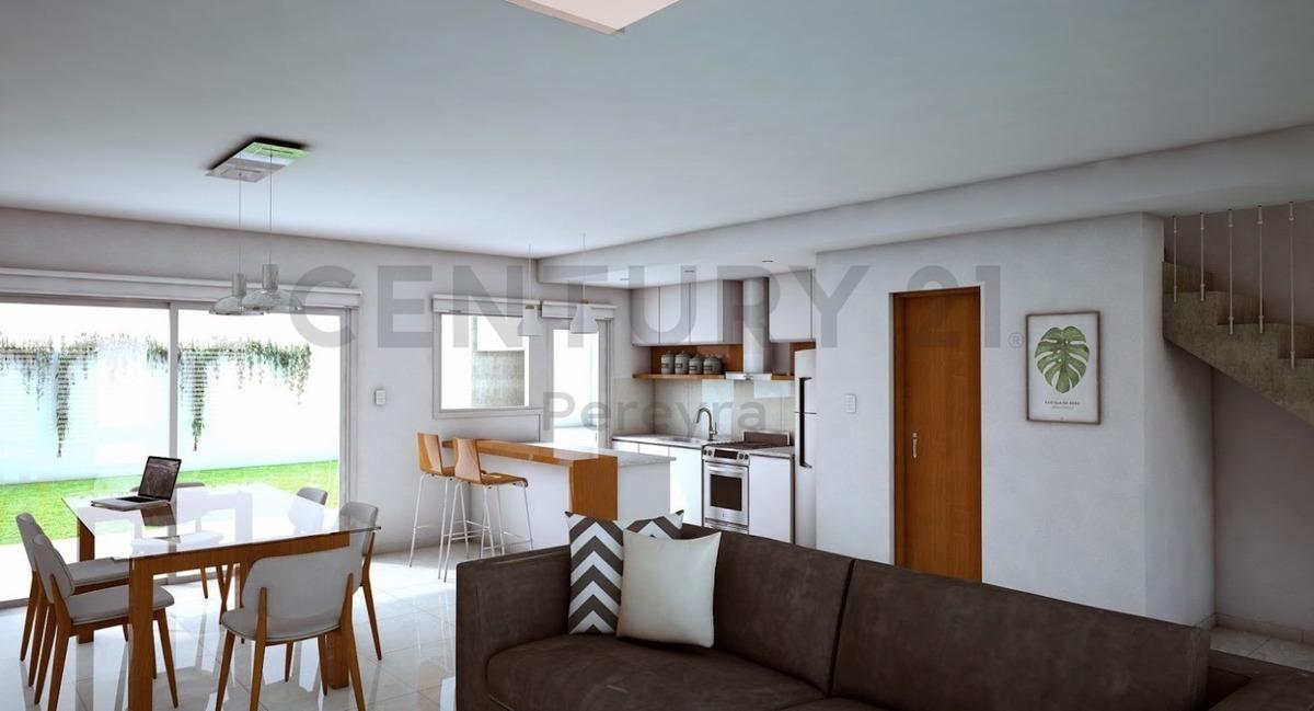 34 134 y 135. casa dúplex  3 dormit. en venta de pozo inversión rentabilidad
