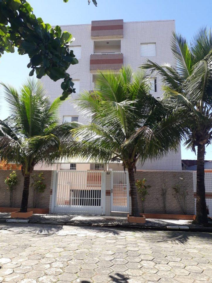 3435-apartamento a 160 metros da praia, 02 dormitórios