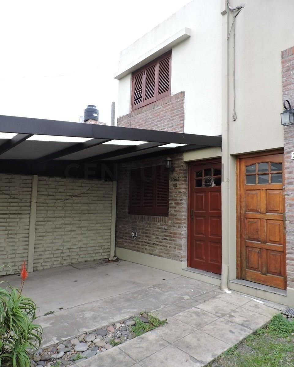 35 136 y 137. duplex 2 dormitorios c/ coch. en venta, san carlos