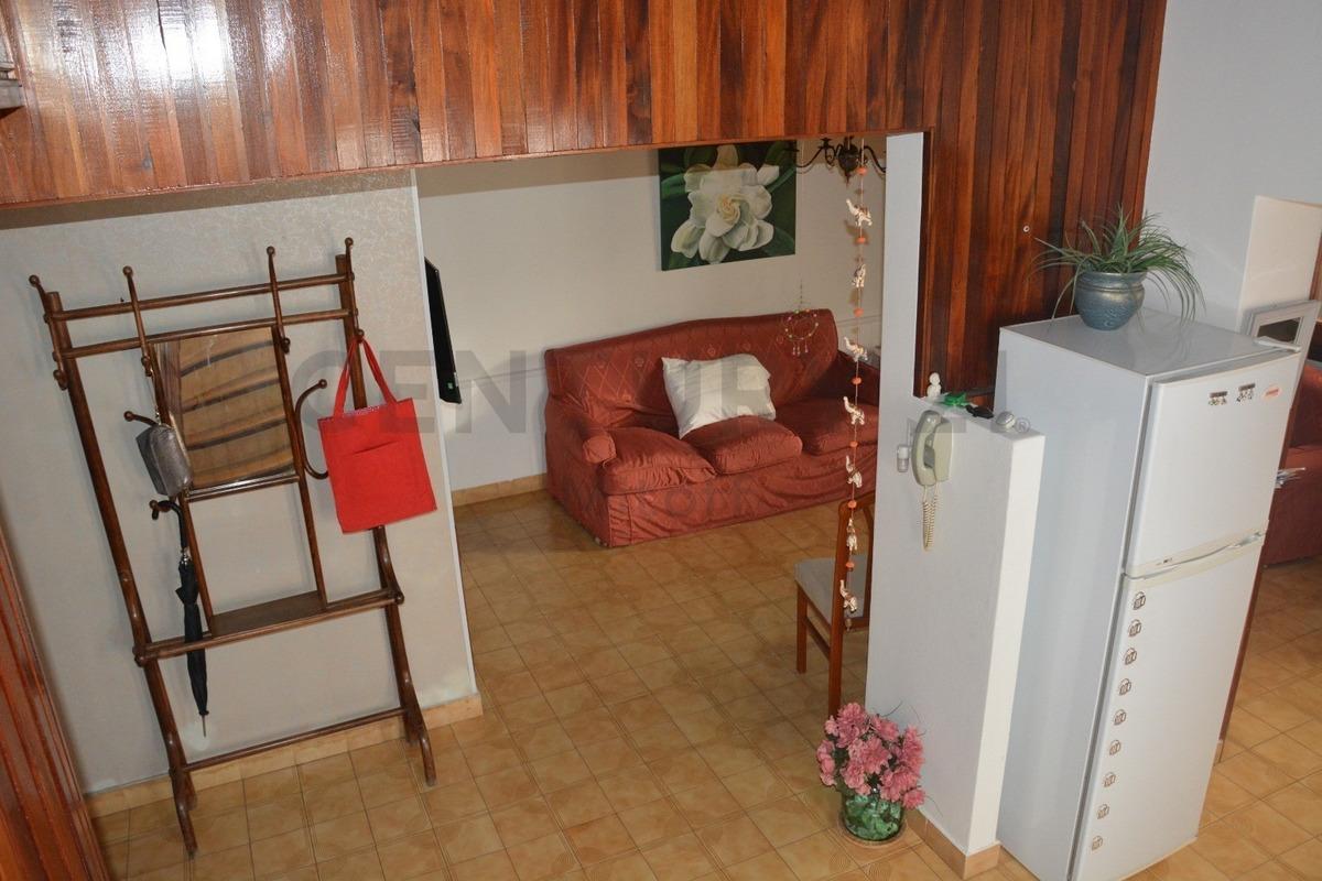 36 21 y 22. casa en venta de 4 dormitorios y construcción anexa en la plata