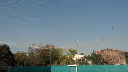 360 m2 de redes de contencion para canchas de futbol