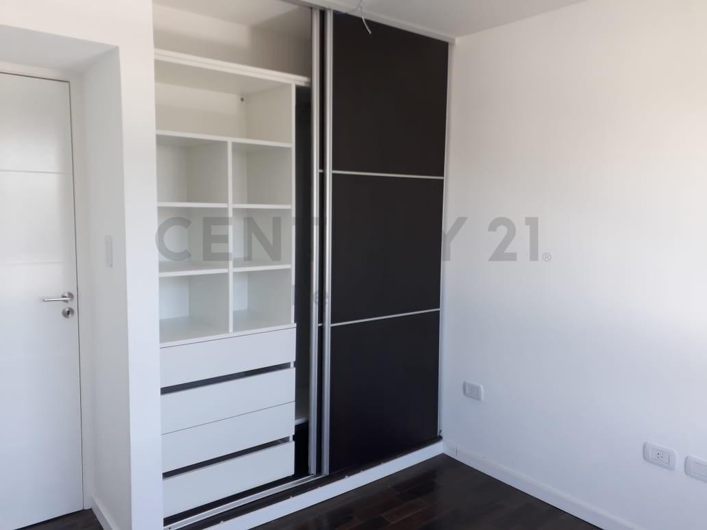 37 esquina 8. piso a estrenar 3 dormitorios en venta, la plata.-
