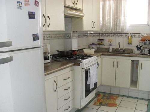 373 - santos - bairro gonzaga - apartamento - próximo praia