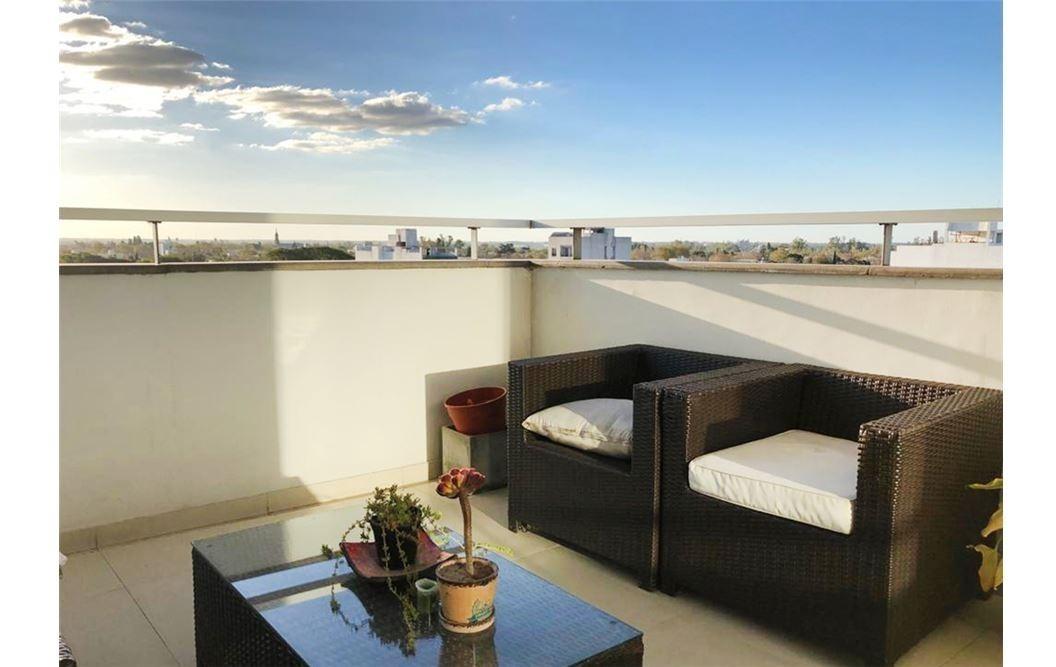 38 y 3 exclusivo penthouse en barrio norte