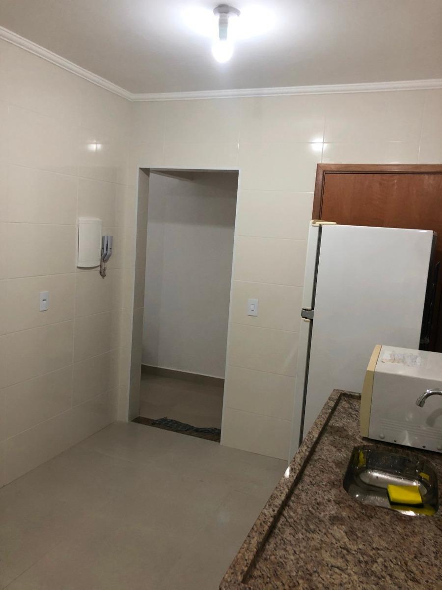 390.000 apartamento 2 dormitórios reformado
