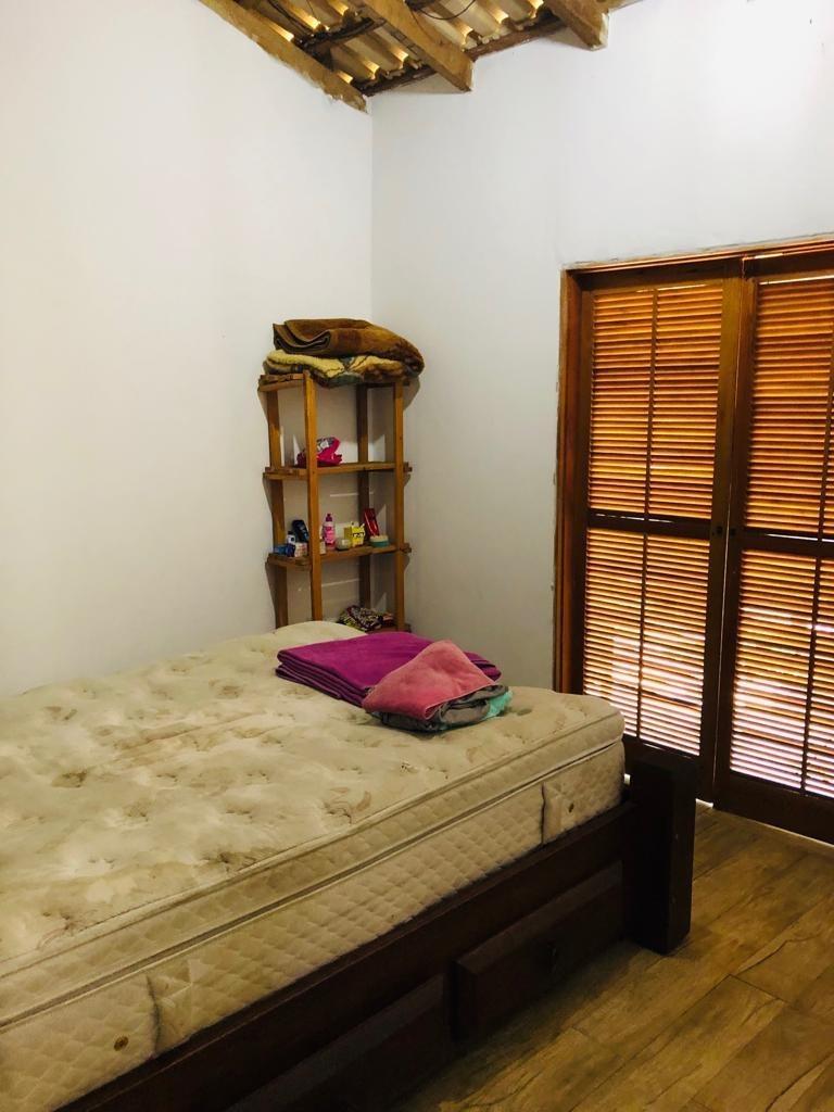 3938 - casa lote inteiro com piscina 2 dormitórios itanhaém