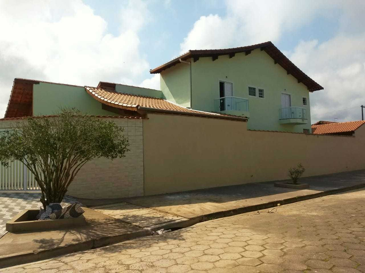 3980-sobrado 2 dormitórios com 2 sacadas lado pista mongaguá