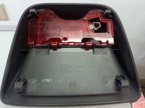 3er stop ford laser y mazda allegro nuevo original 200 2002