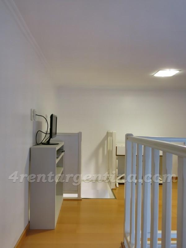 3rd floor apartment, with 4 bedrooms, 7 people can sleep, very neat and cozy!
