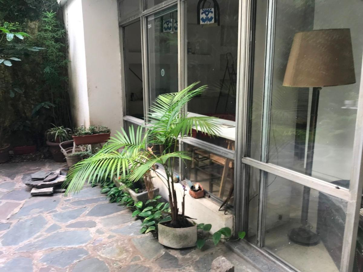 4 ambientes con gran jardín y dependencia de servicio