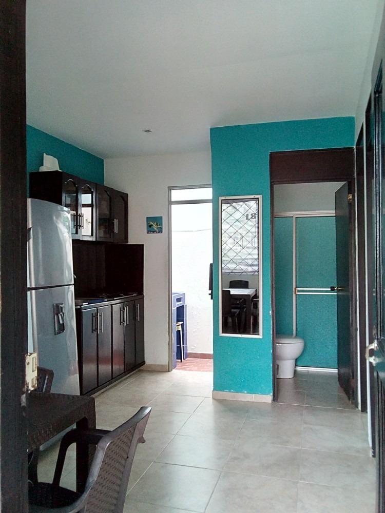 4 ambientes y un baño