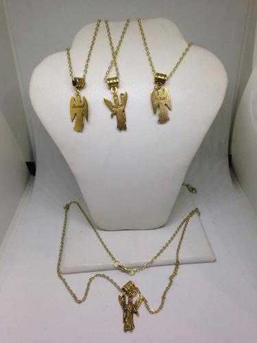 4 arcangeles con cadena dorada