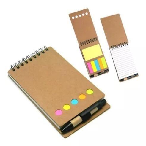 4 bloco de anotações com caneta e post-it