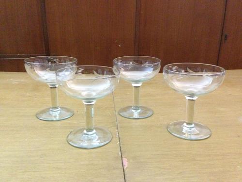 4 copas antiguas de champagne, talladas