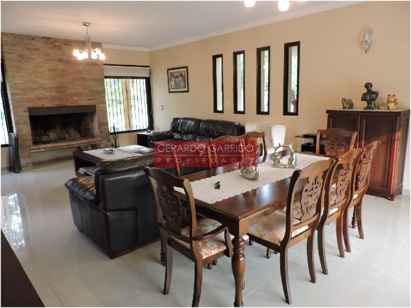 4 dormitorios 4 baños minimalista, piscina muy luminosa excelente ubicacion- ref: 32649