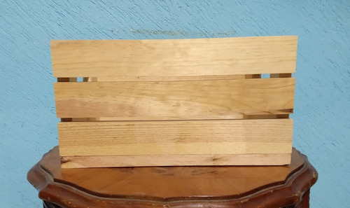 4 huacales medianos de madera reforzados de uso rudo