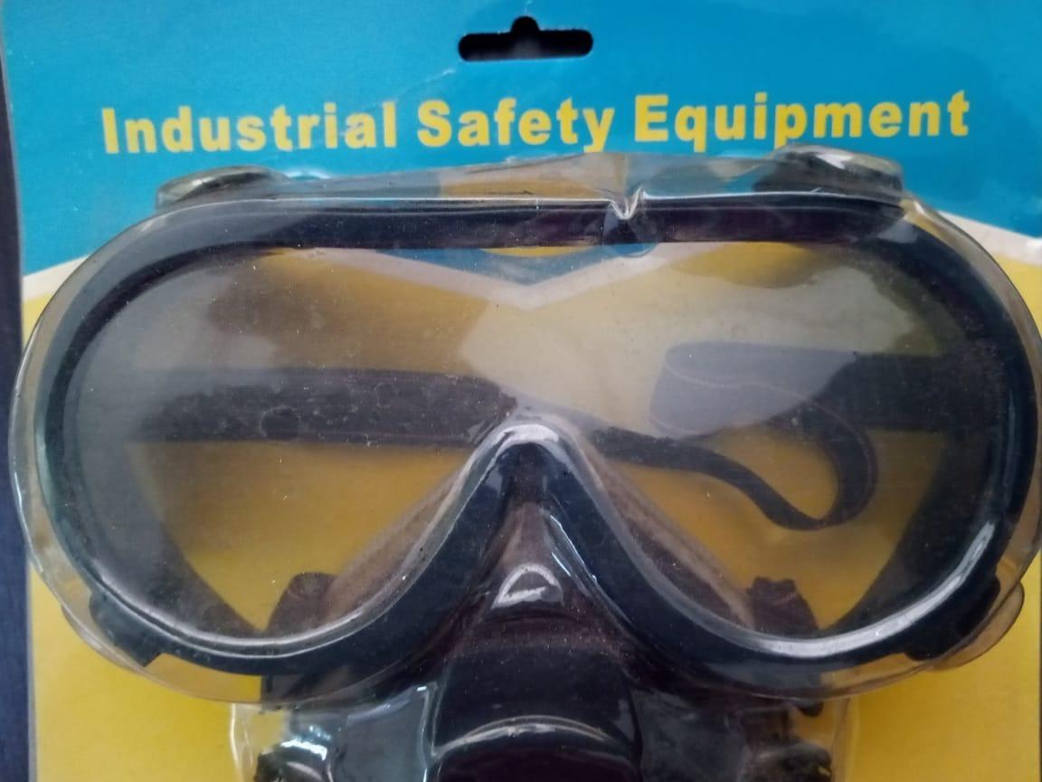 23e937a729360 4 mascaras com 2 filtro e óculos contra poeira ,gazes, tinta. Carregando  zoom.