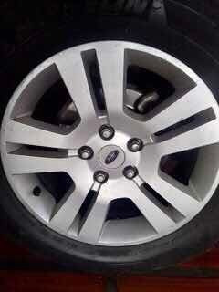4 rines ford fusion