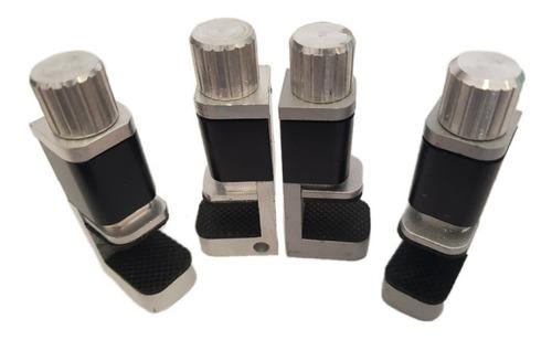 4 sujetadores para lcd después de colocar pantalla o touch