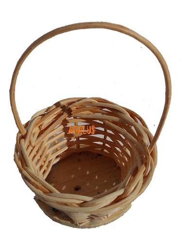40 mini cesta lembrancinha palha bambu ref.202 04x07
