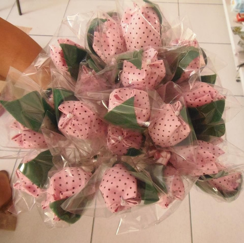 40 tulipas tecido aromatizadas pra decoração ou lembrancinha